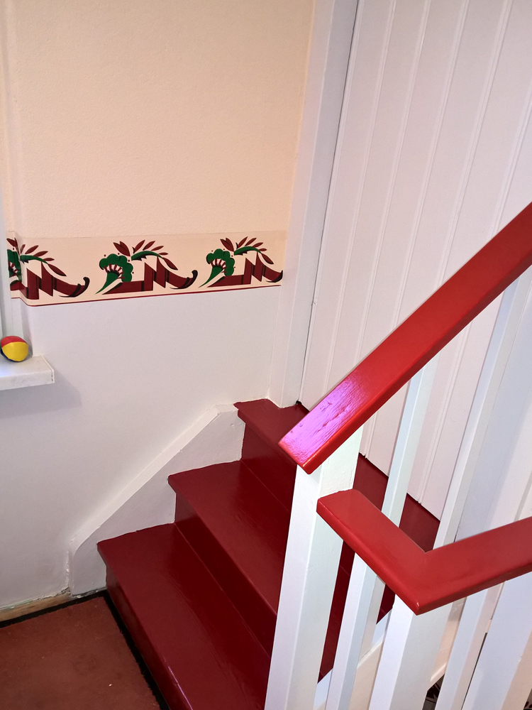 Schablonierung Treppenhaus